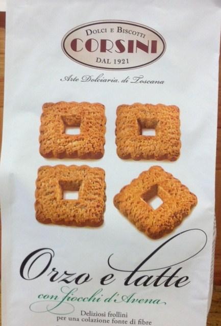 Biscuits orge et  lait avec les flocons d'avoine
