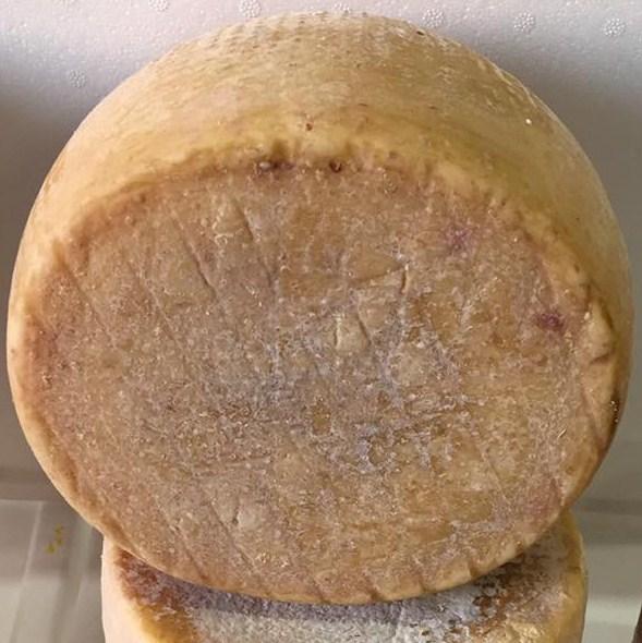 Pecorino Sardo le - Dolce di cardo - 12 mois d'affinage  - Azienda Agricola Mureddu Aru
