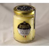 Pr�paration � base de beurre � la truffe noir - Tartufi Dominici